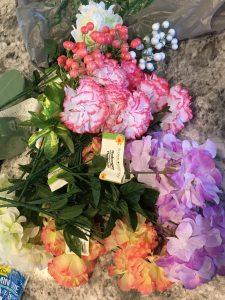 How to Make Spring Flower Arrangements