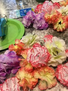 How to Make Spring Flower Arrangements