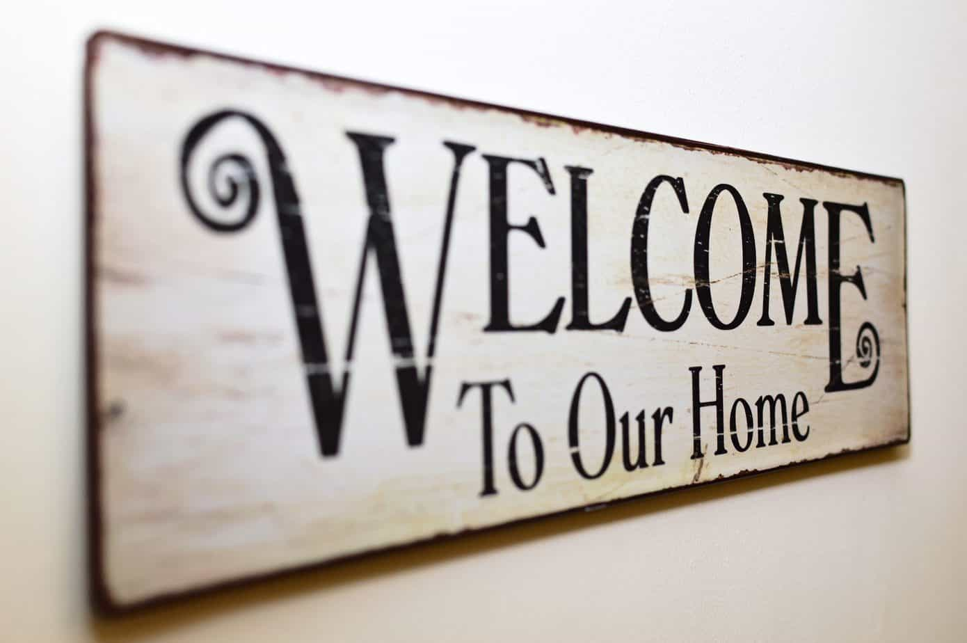 How to make a Farmhouse Wood Sign