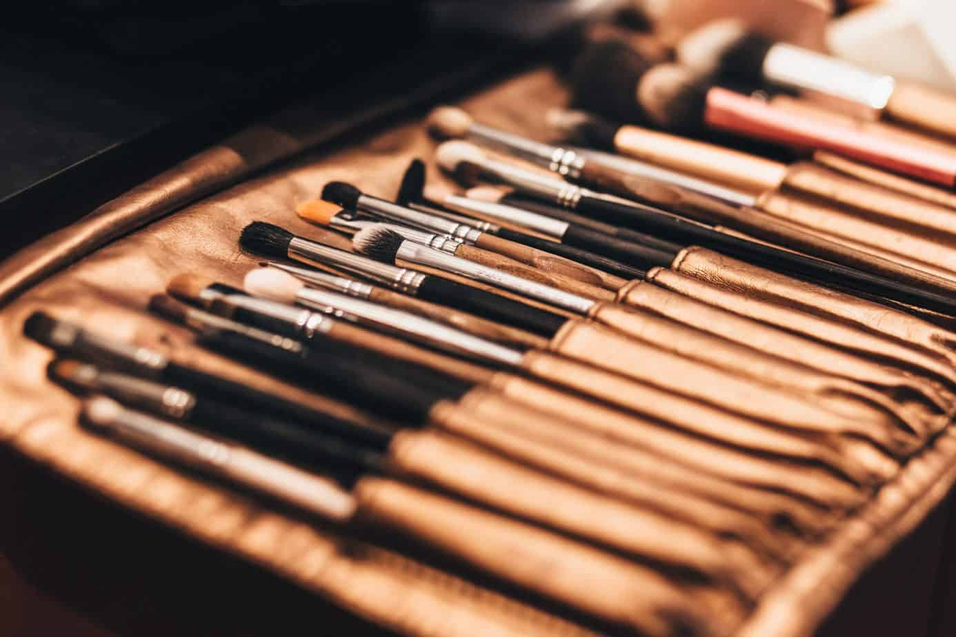 Low Maintenance Girl's Guide to Makeup Brushes